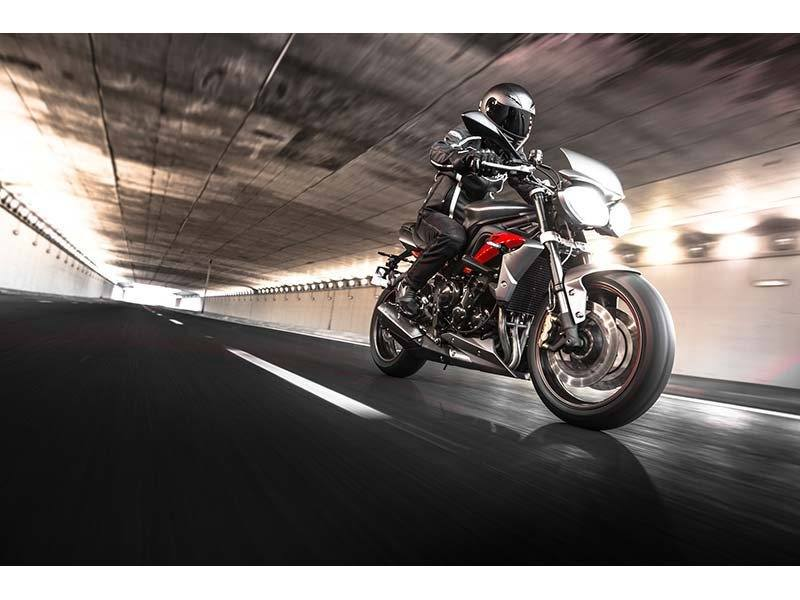 2014 Triumph Street Triple R ABS in Cleveland, Ohio - Photo 5