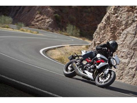 2014 Triumph Street Triple R ABS in Cleveland, Ohio - Photo 2