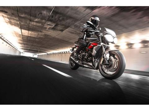 2014 Triumph Street Triple R ABS in Shelby Township, Michigan - Photo 15