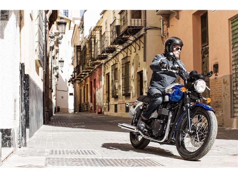 2015 Triumph Bonneville T214 in Miami, Florida
