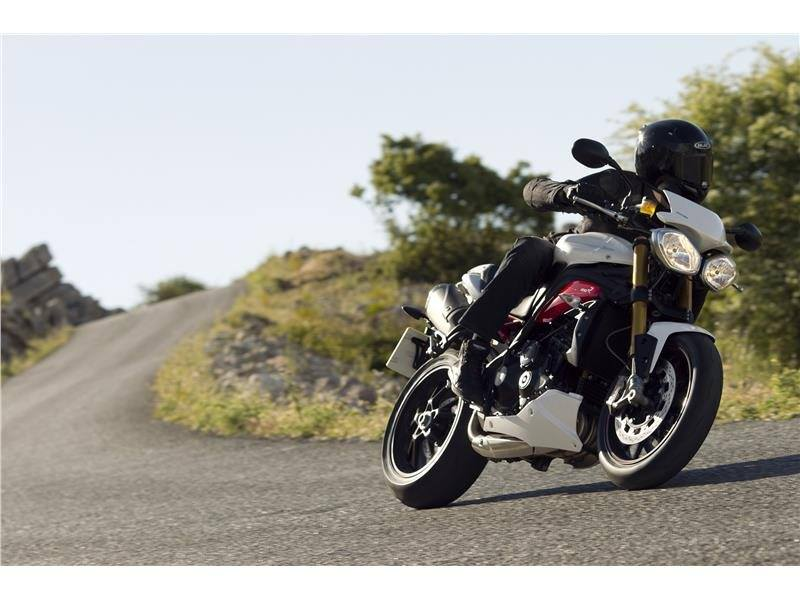 2015 Triumph Speed Triple R ABS in Altoona, Wisconsin