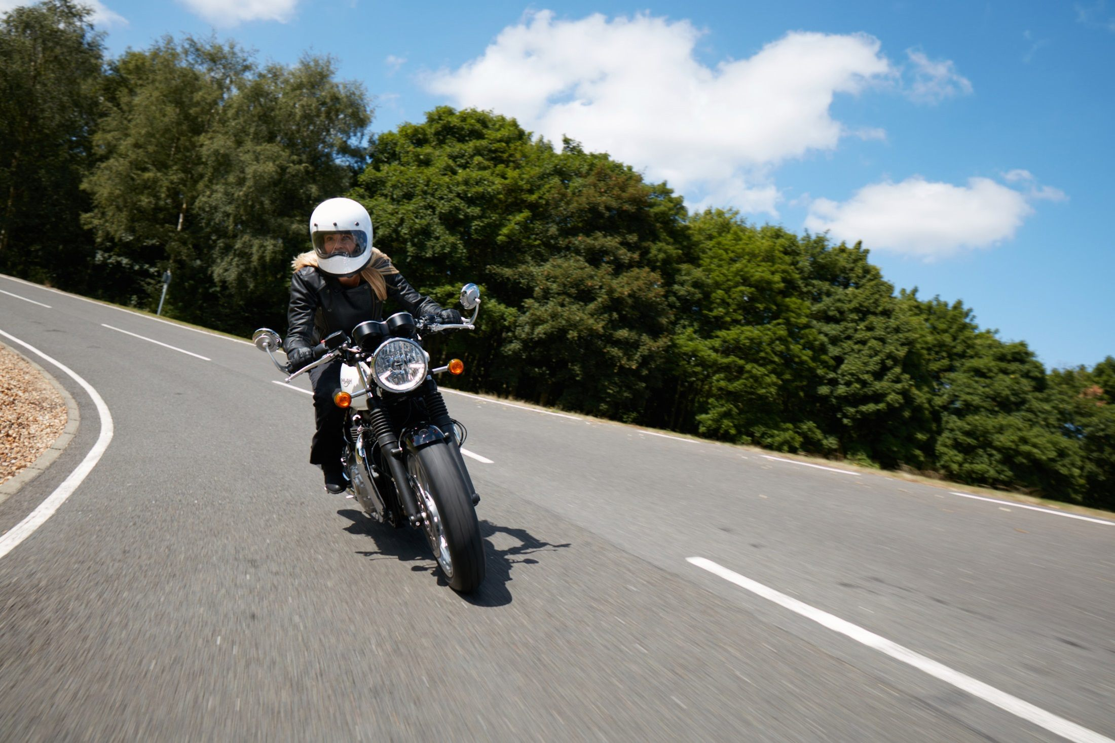 2016 Triumph Thruxton 1200 in Simi Valley, California