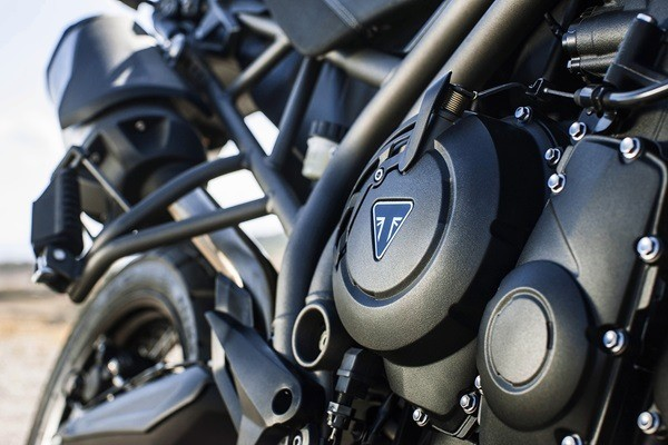 2016 Triumph Tiger 800 XR in Greenville, South Carolina