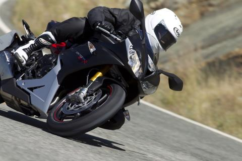 2016 Triumph Daytona 675 R ABS in Brea, California