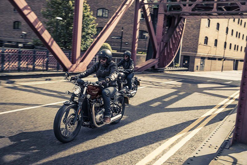 2017 Triumph Bonneville Bobber in Dubuque, Iowa