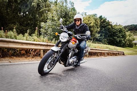 2017 Triumph Bonneville T120 in Enfield, Connecticut