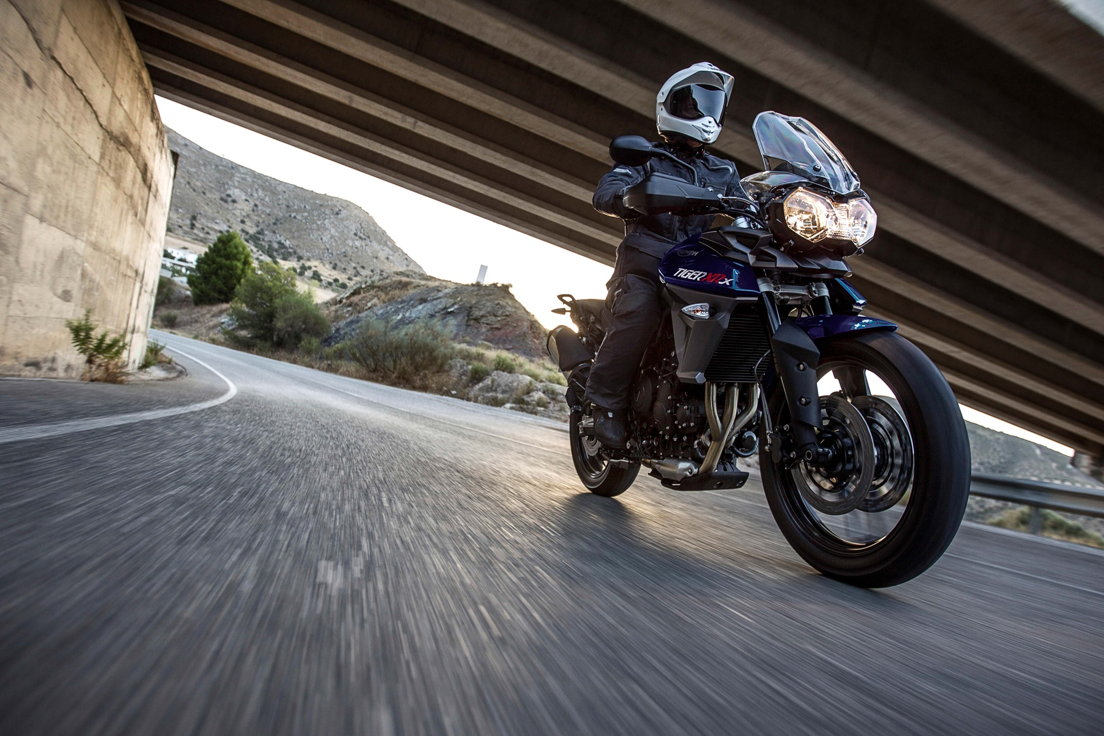 2017 Triumph Tiger 800 XRX in San Bernardino, California