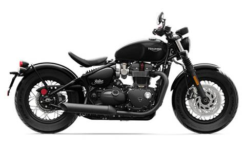 2018 Triumph Bonneville Bobber Black in Port Clinton, Pennsylvania