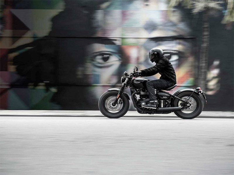 New 2018 Triumph Bonneville Bobber Black Motorcycles In Cleveland