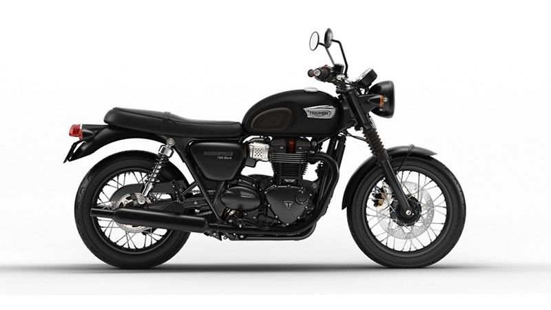 2018 Triumph Bonneville T100 Black in Port Clinton, Pennsylvania