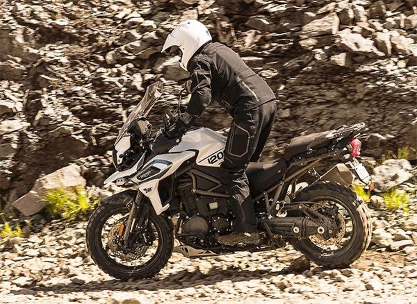 2018 Triumph Tiger 1200 XCa in Simi Valley, California - Photo 3