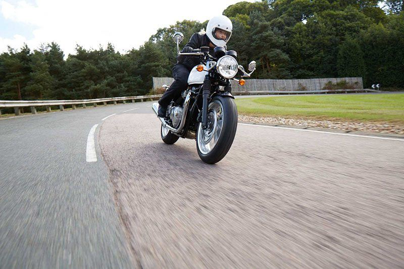 2018 Triumph Thruxton 1200 in Shelby Township, Michigan