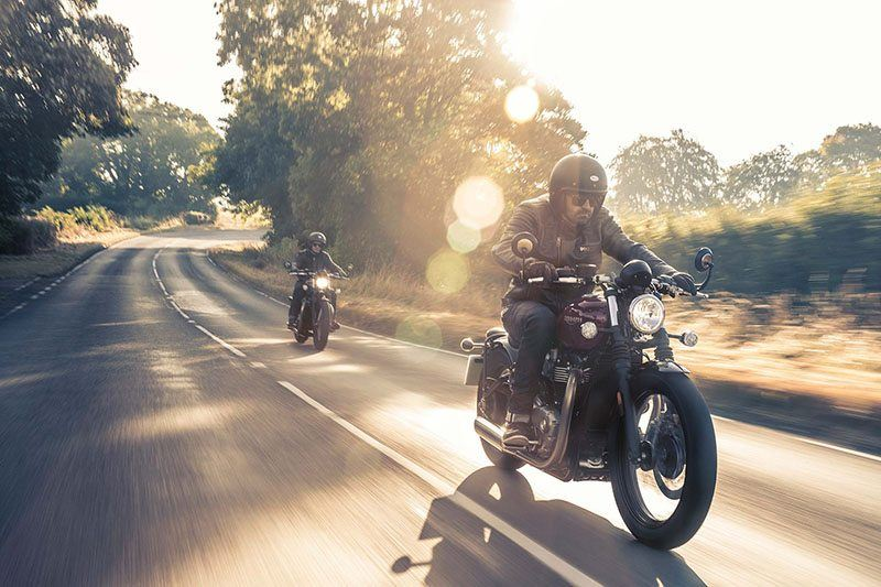 2019 Triumph Bonneville Bobber in Saint Louis, Missouri - Photo 4