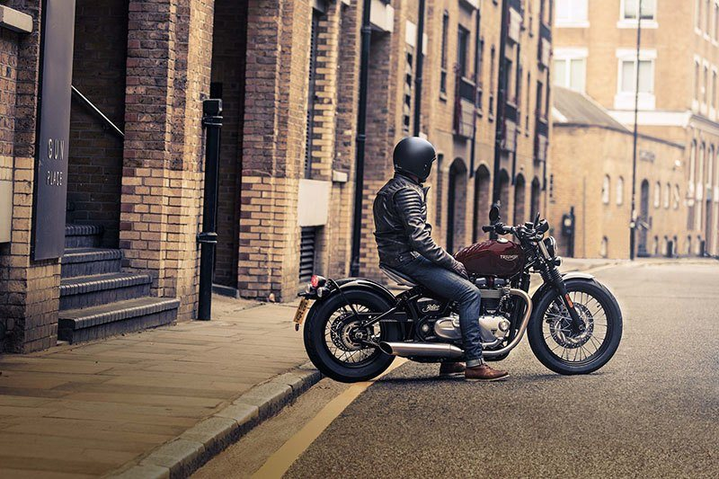 2019 Triumph Bonneville Bobber in Saint Louis, Missouri - Photo 5