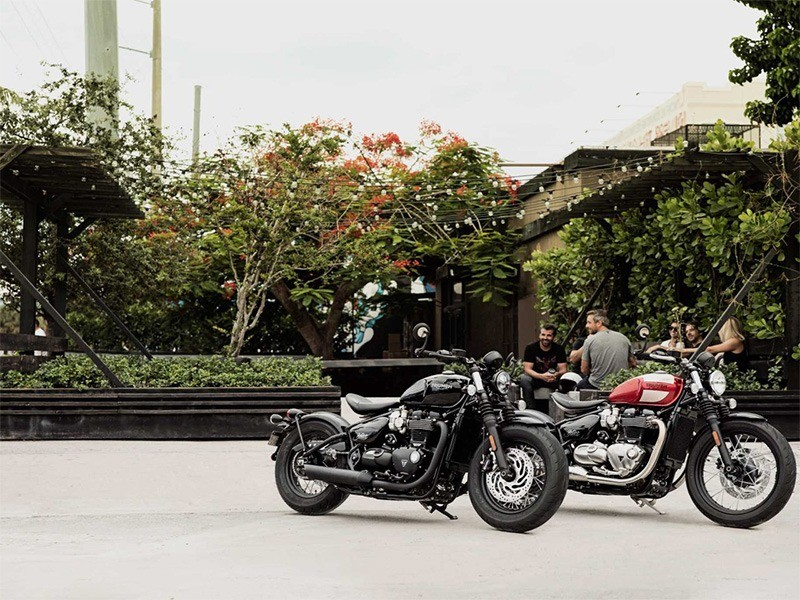 New 2019 Triumph Bonneville Bobber Black Motorcycles In Enfield Ct