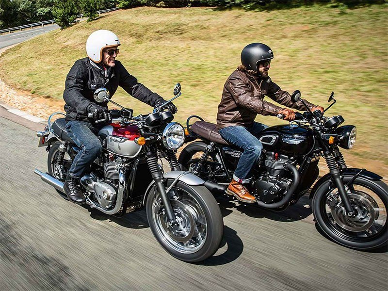 2019 Triumph Bonneville T120 Black in Mahwah, New Jersey
