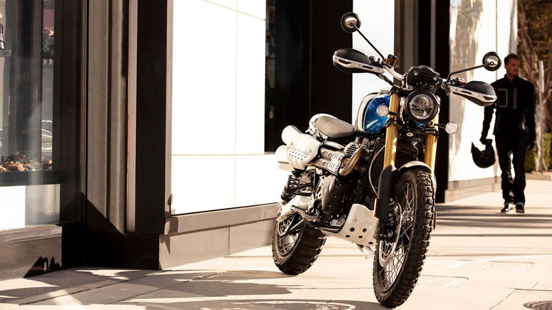 2019 Triumph Scrambler 1200 XE in Bakersfield, California - Photo 2
