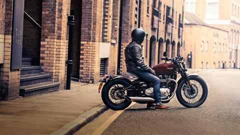 2020 Triumph Bonneville Bobber in Enfield, Connecticut - Photo 9