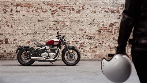 2020 Triumph Bonneville Bobber in Port Clinton, Pennsylvania - Photo 7