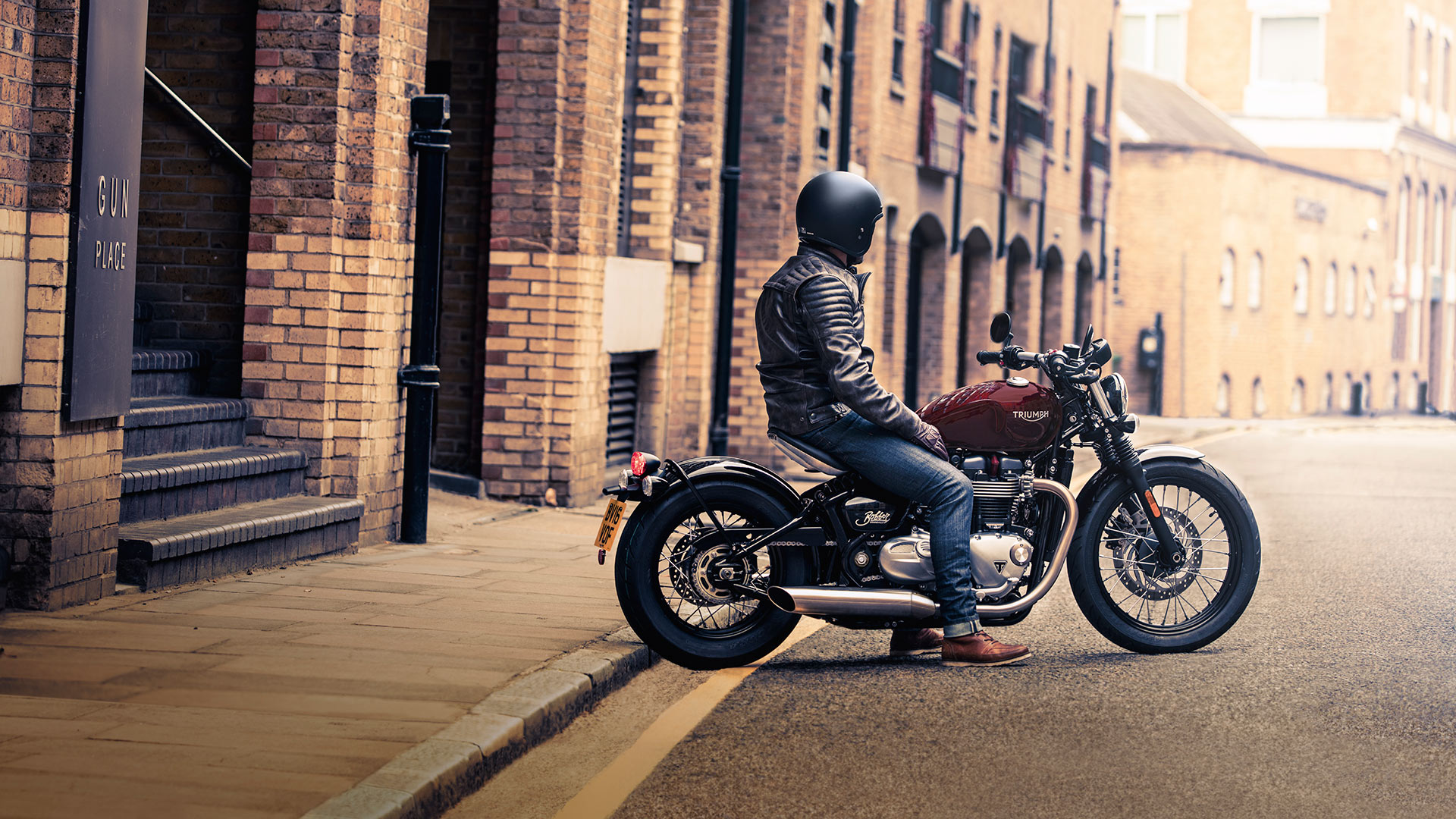 2020 Triumph Bonneville Bobber in New Haven, Connecticut - Photo 11