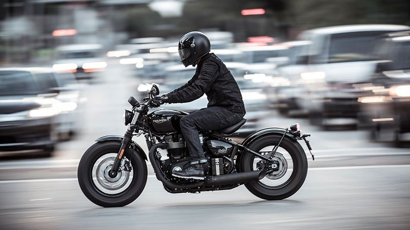 2020 Triumph Bonneville Bobber Black in San Jose, California - Photo 14