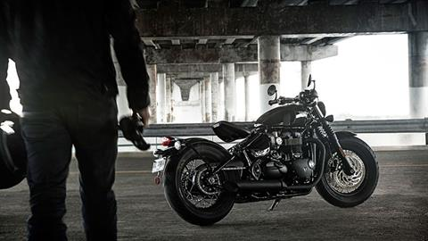 2020 Triumph Bonneville Bobber Black in San Jose, California - Photo 15