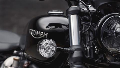 2020 Triumph Bonneville Bobber Black in Mahwah, New Jersey - Photo 5