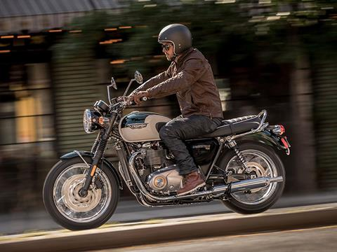 2020 Triumph Bonneville T120 in Shelby Township, Michigan - Photo 5