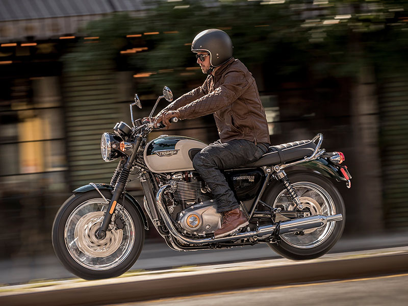 2020 Triumph Bonneville T120 in Indianapolis, Indiana - Photo 5