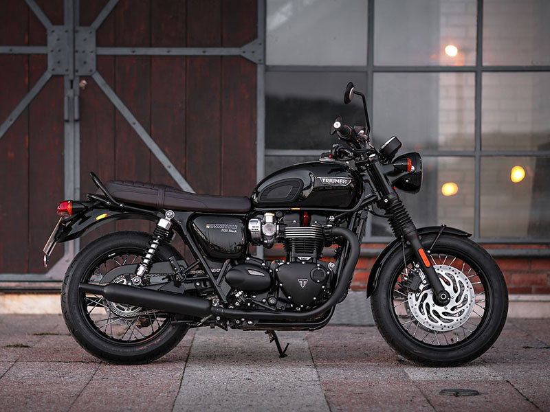 2020 Triumph Bonneville T120 Black in Mooresville, North Carolina - Photo 9