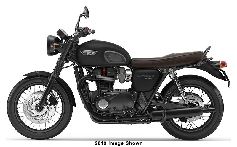 2020 Triumph Bonneville T120 Black in Belle Plaine, Minnesota - Photo 2