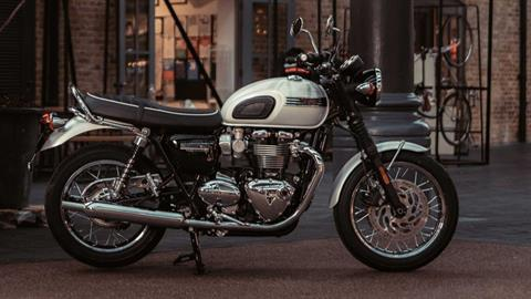 2020 Triumph Bonneville T120 Diamond Edition in Belle Plaine, Minnesota