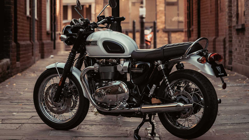 2020 Triumph Bonneville T120 Diamond Edition in Port Clinton, Pennsylvania