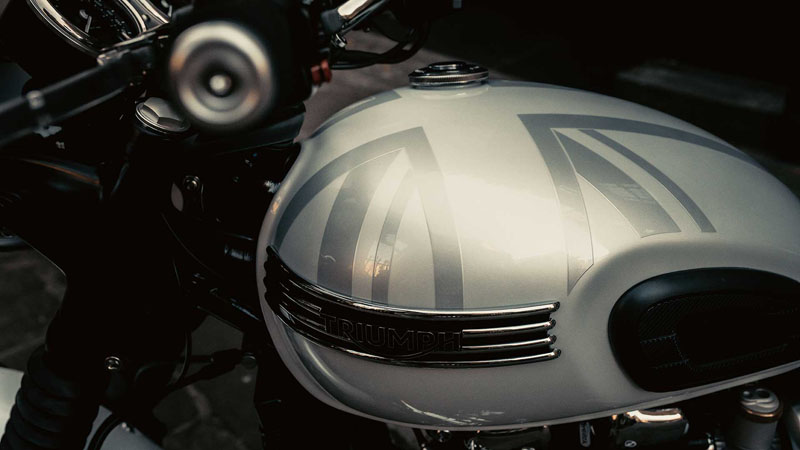 2020 Triumph Bonneville T120 Diamond Edition in Frederick, Maryland - Photo 3
