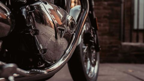 2020 Triumph Bonneville T120 Diamond Edition in Iowa City, Iowa - Photo 4