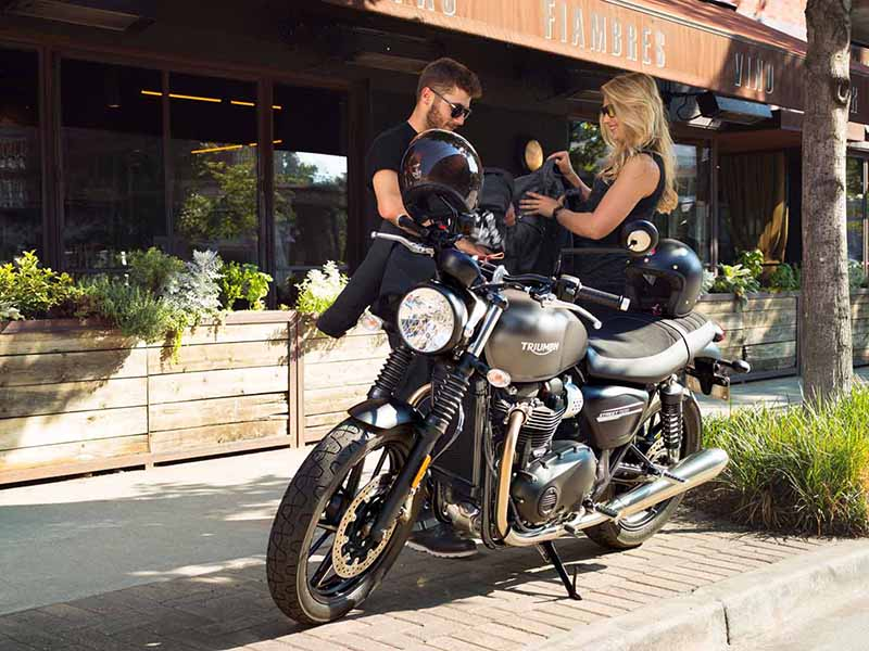 2020 Triumph Street Twin in Goshen, New York - Photo 14