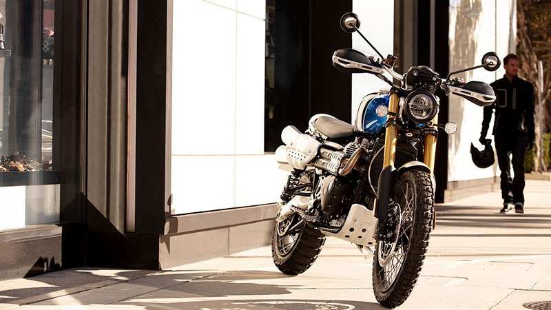2020 Triumph Scrambler 1200 XE in Iowa City, Iowa - Photo 11