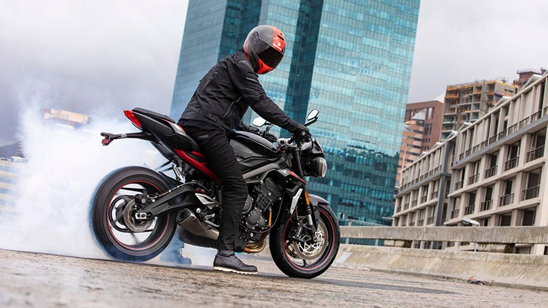 2020 Triumph Street Triple R in Columbus, Ohio - Photo 2