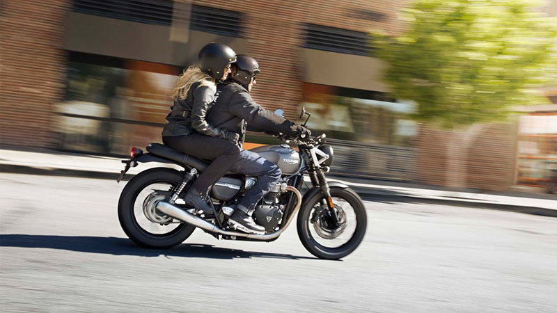 2021 Triumph Street Twin in San Jose, California - Photo 3