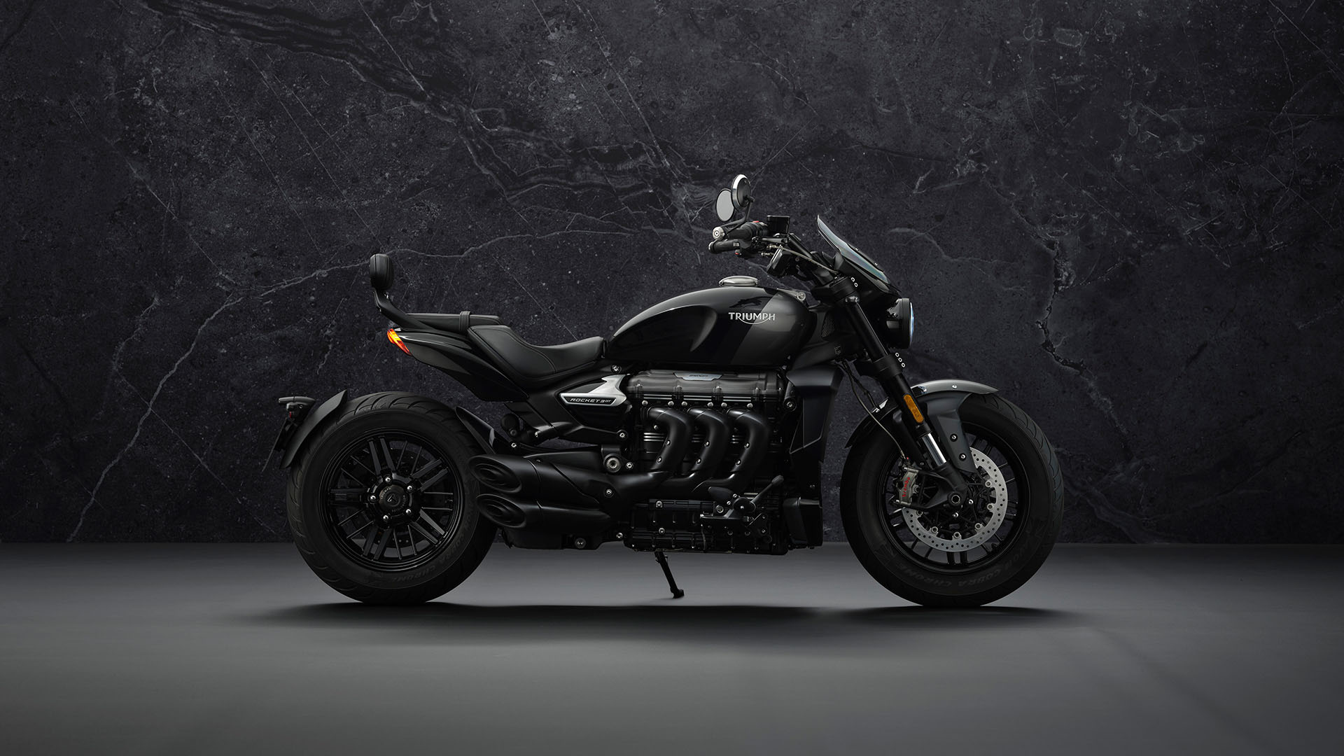 2022 Triumph Rocket 3 GT Triple Black in Mooresville, North Carolina - Photo 2