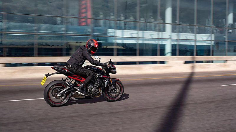 2021 Triumph Street Triple R in Indianapolis, Indiana - Photo 12