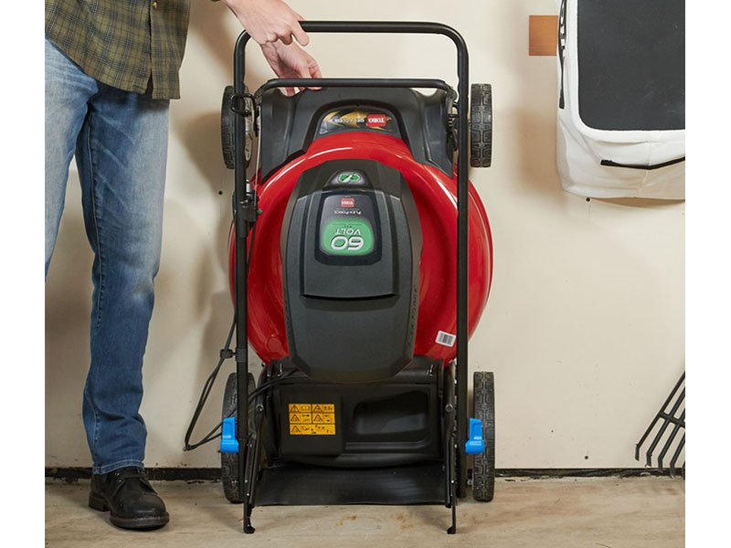 Toro Recycler 21 in. 60V Max Battery Self-Propel in Trego, Wisconsin - Photo 7