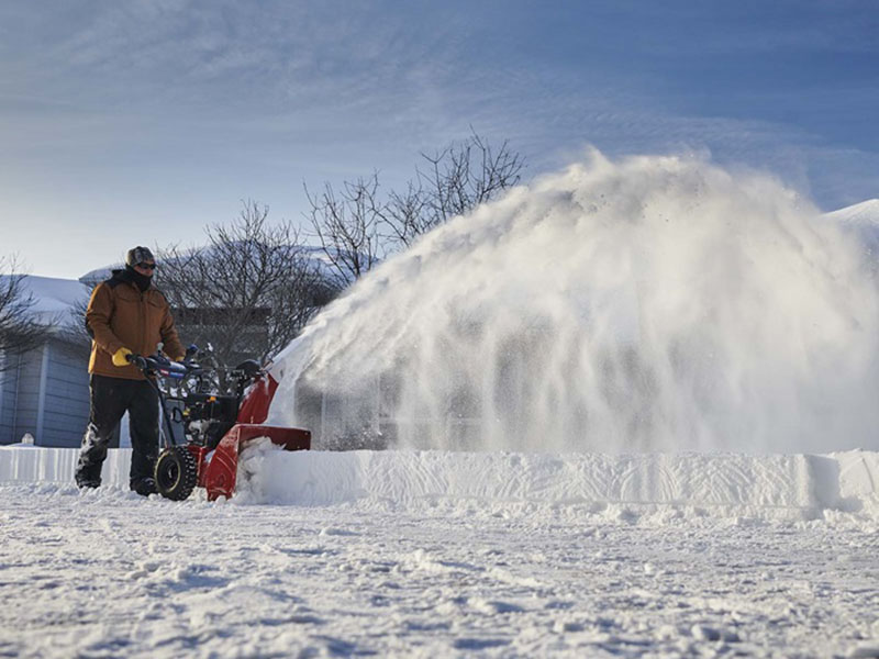 Toro 26 in. Power Max® 826 OAE in Park Rapids, Minnesota - Photo 5