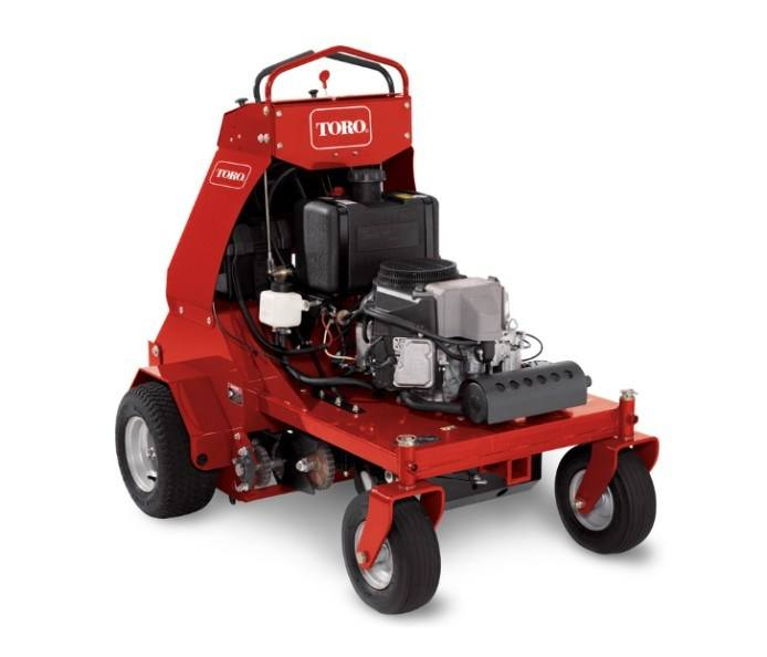2017 Toro 30 in. Stand-On Aerator in Dearborn Heights, Michigan