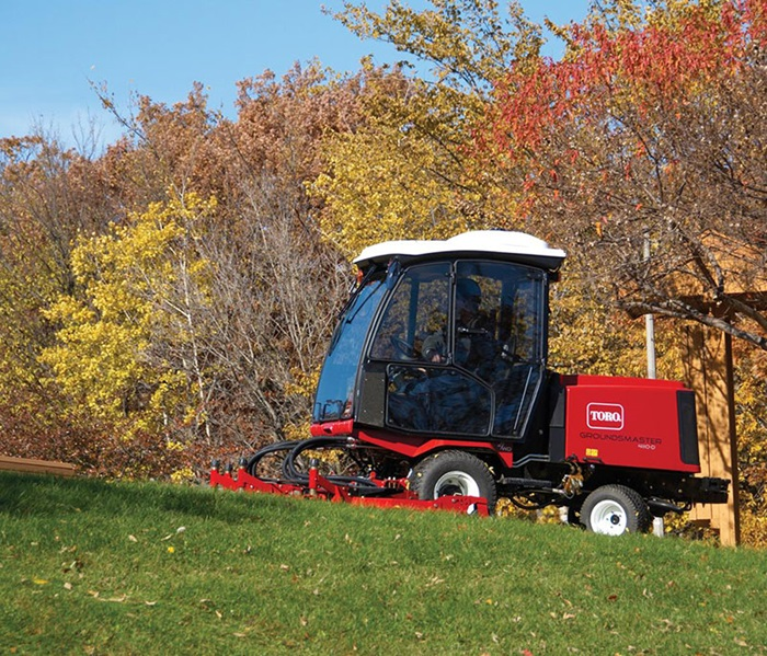 2017 Toro Groundsmaster 4110-D (30606) in Dearborn Heights, Michigan
