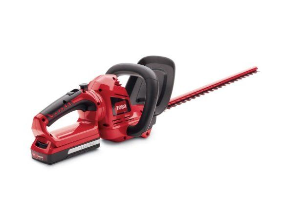 2017 Toro 20V Max 22 in. Cordless Hedge Trimmer Bare Tool (51494T) in Dearborn Heights, Michigan