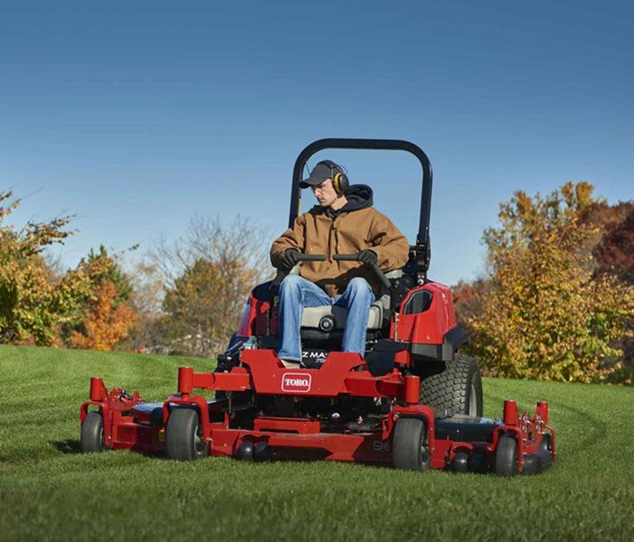 2018 Toro 7500 D Series 96 in. (244 cm) 37 HP 1642 cc Diesel Rear Discharge in Park Rapids, Minnesota