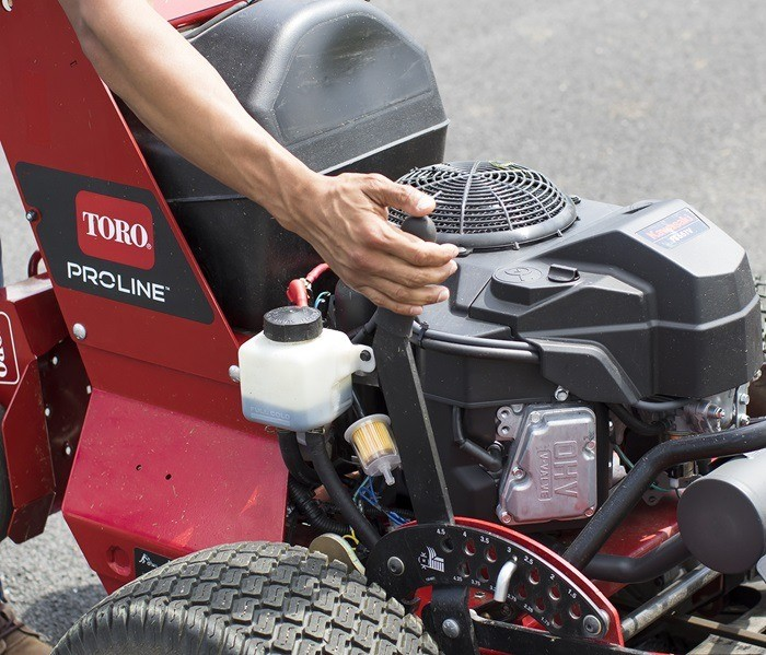 2020 Toro PROLINE 54 in. Kawasaki 603 cc in Francis Creek, Wisconsin - Photo 5