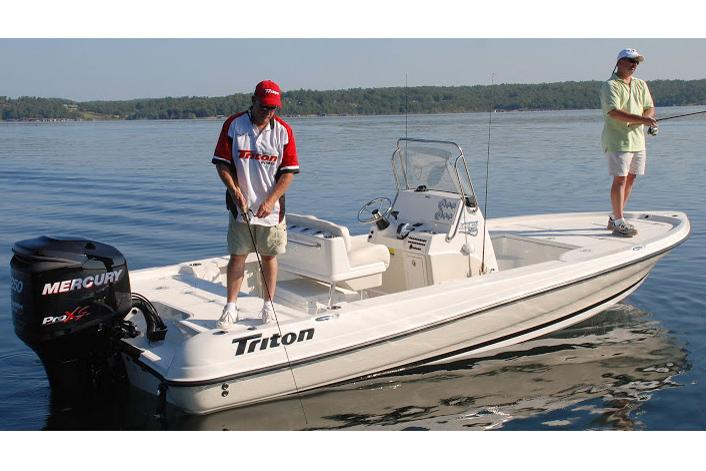 2017 Triton 220 LTS Pro in Holiday, Florida