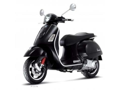 2011 Vespa GTS 300 Super in Shelbyville, Indiana
